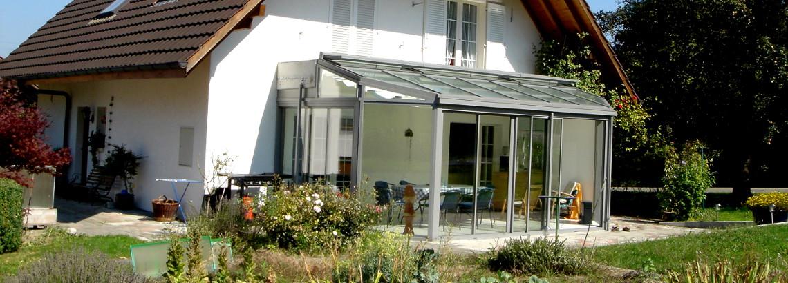Sitzplatzverglasung und Wintergarten aus Glas